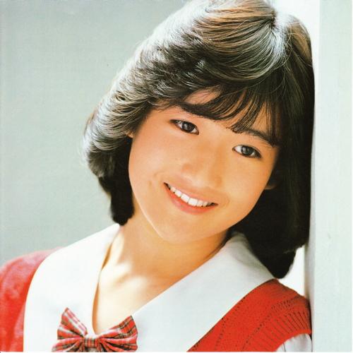 どこか儚い印象の岡田有希子